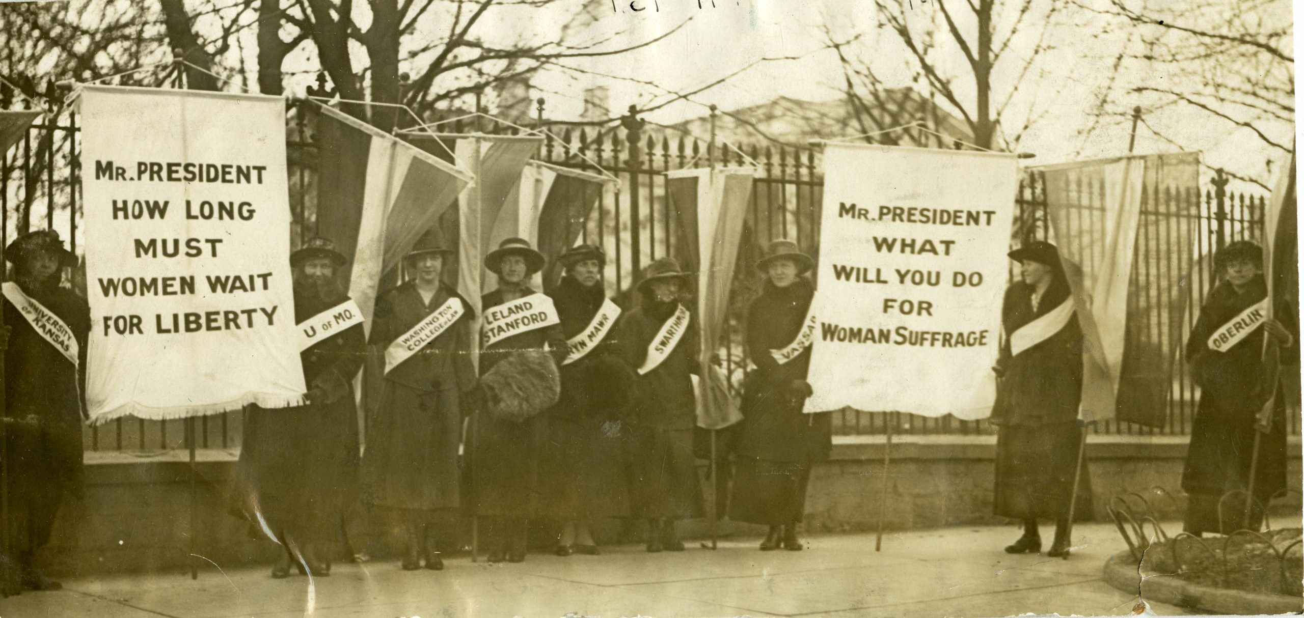 College Women Picketing in Front of the White House, 1917